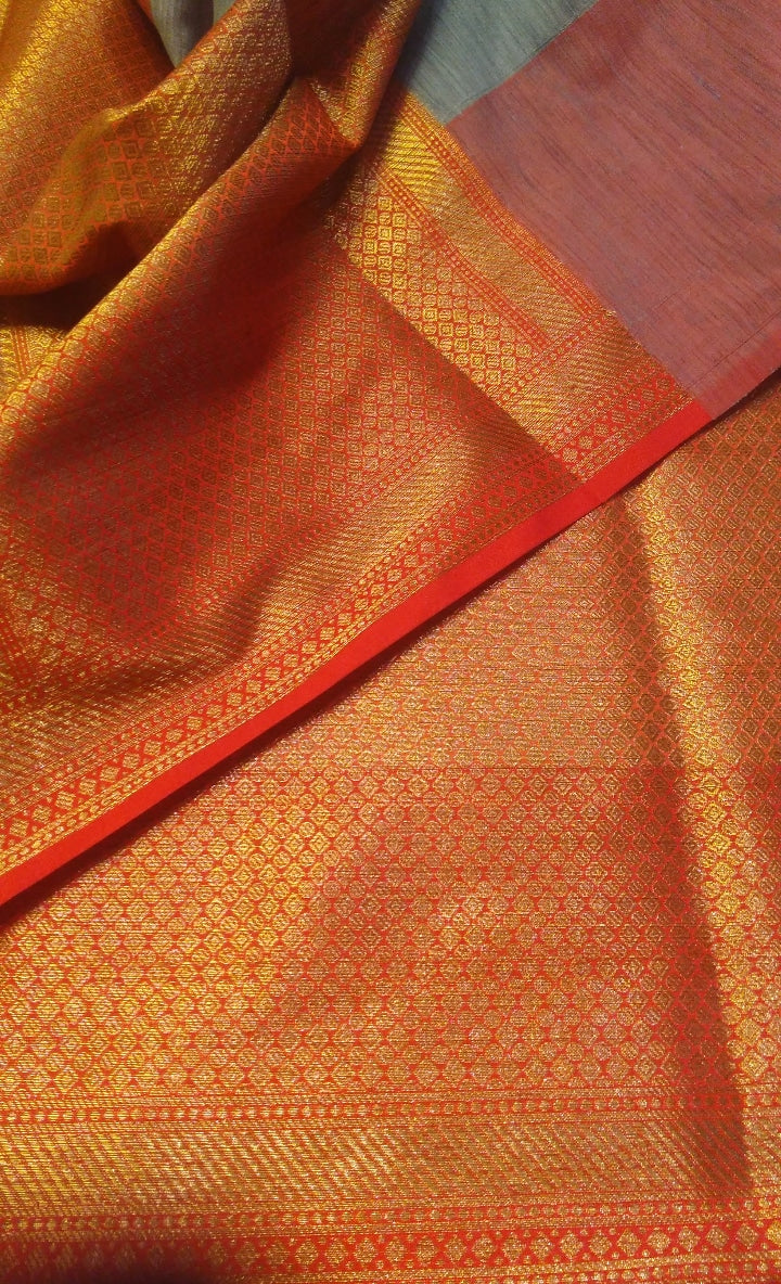 Gray chanderi saree with allover golden zari butties and beautiful red zari border and aanchal - EthnicRoom