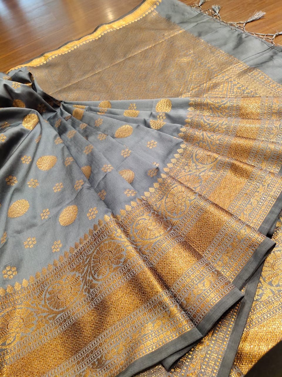 Grey soft silk saree with golden zari weaving and butties - EthnicRoom