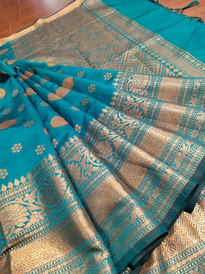 Green soft silk saree with golden zari weaving and butties - EthnicRoom
