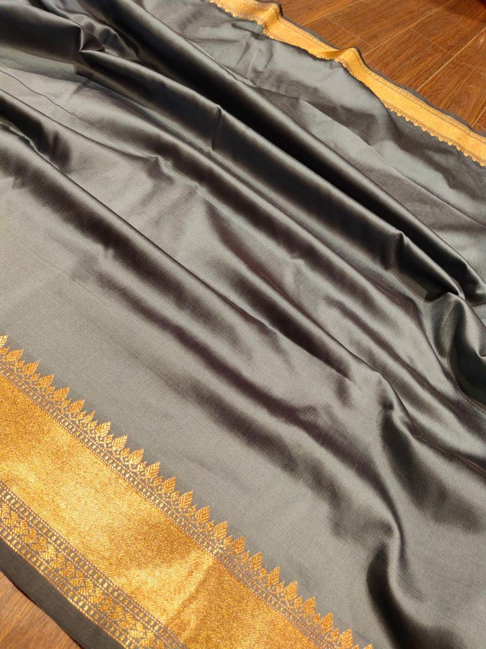 Grey soft silk saree with golden zari weaving and booties all over - EthnicRoom