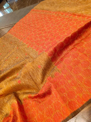 Brown linen saree with red weaving border and booties all over