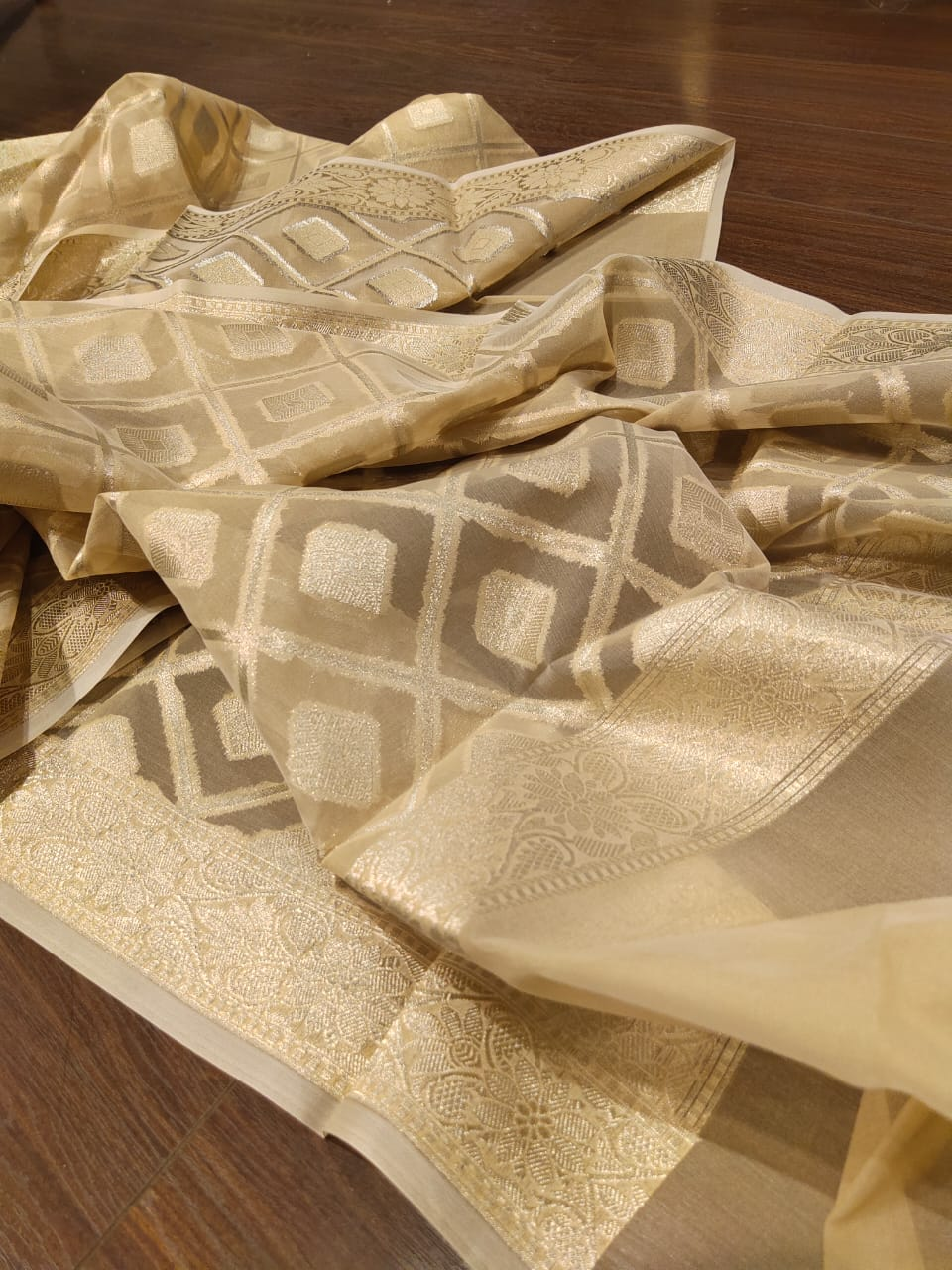 Light yellow chanderi dress material with silver weaving on dupatta - EthnicRoom
