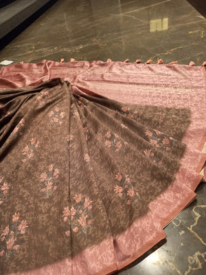 Brown linen saree with digital print all over - EthnicRoom