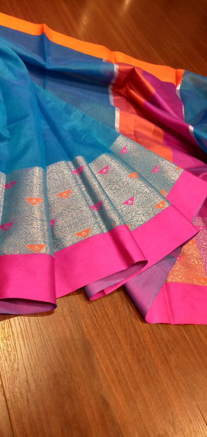 Blue Chanderi saree with silver zari weaving and pink border - EthnicRoom
