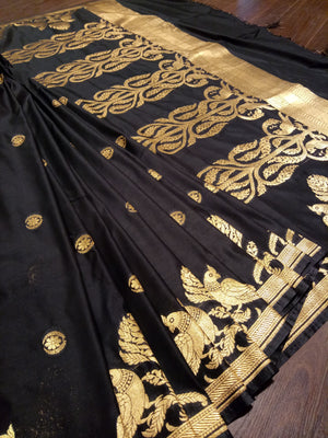 Black pure silk saree with golden zari weaving - EthnicRoom