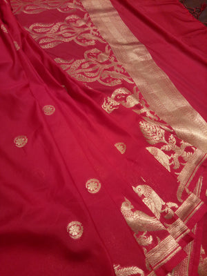 Red pure silk saree with golden zari weaving - EthnicRoom