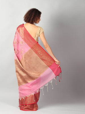 Broad checks of zari on pink kota saree with red brocade aanchal & blouse