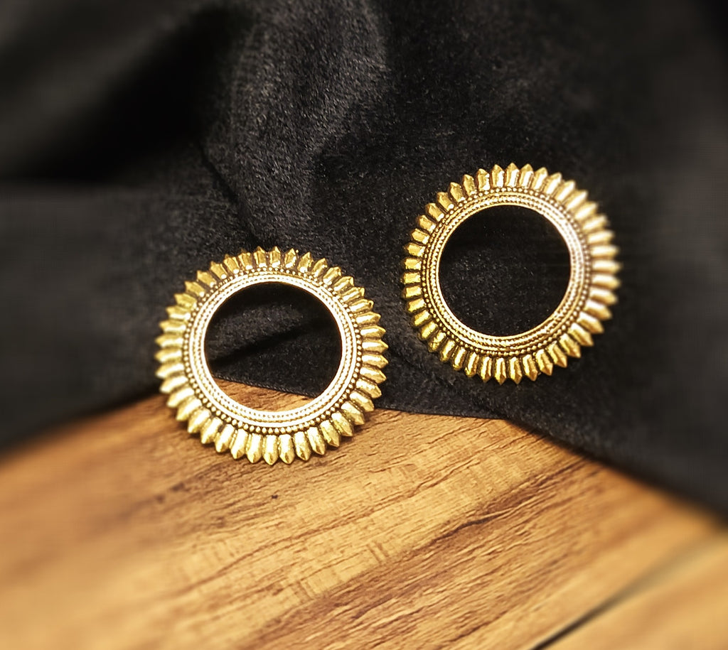 Beautiful golden circular studs