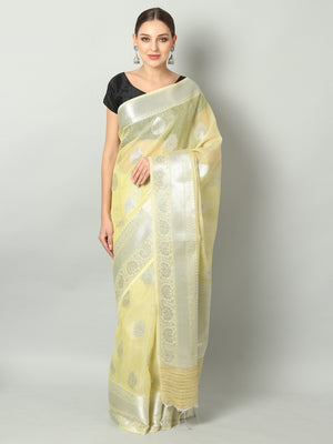 Silver booties and pink border on light yellow kota saree