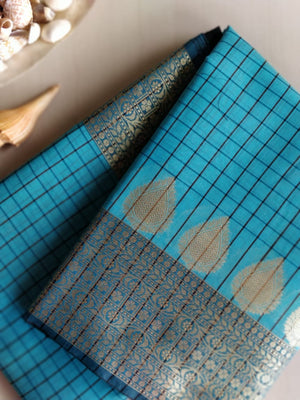 Small black checks on blue with zari border, aanchal and pallu - EthnicRoom