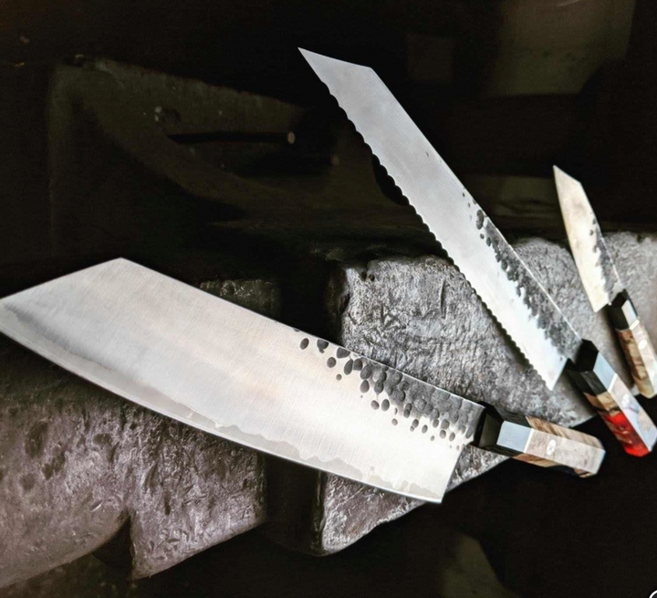 Guide to Building Your Kitchen Knife Collection