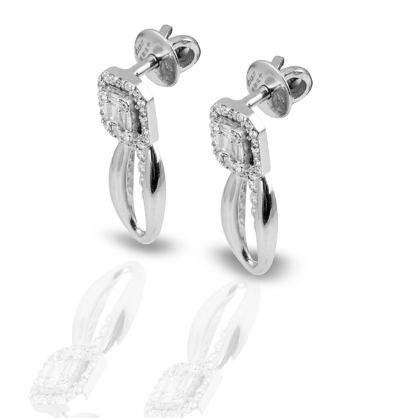 Contemporary 18k White Gold Diamond Studs