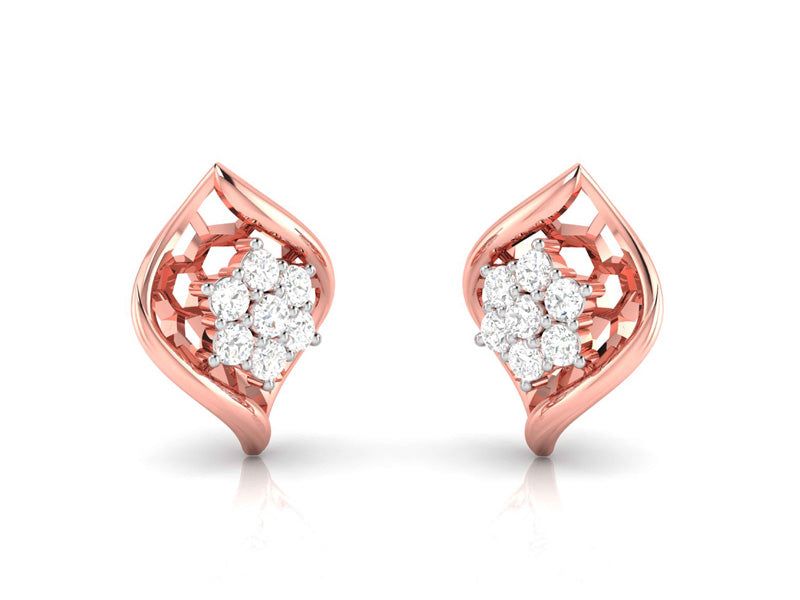 Lavish diamond shaped earring