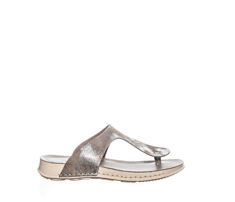 Tyra | metallic leather
