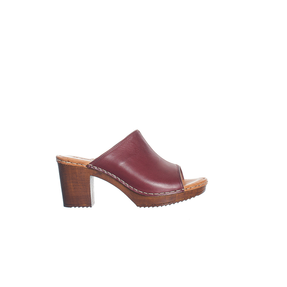 Amelia | brushed leather