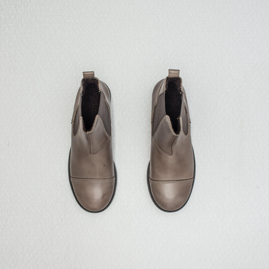Patricia | brushed leather