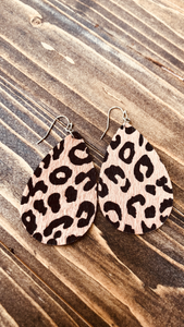 Leopard Print Tear Drop Earrings (Brown)