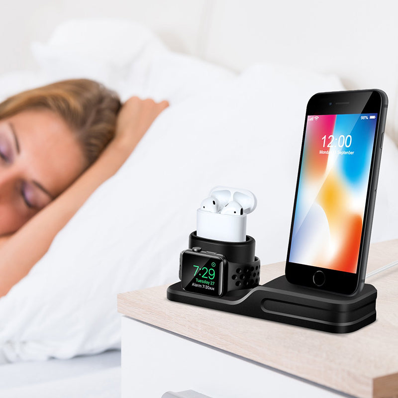 3 in 1 Charging Dock: Iphone, Apple Watch & Airpods