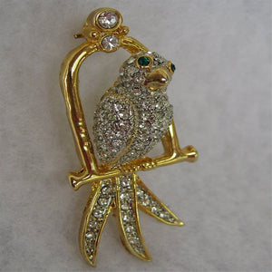 BRILLIANT BIRD BROOCH FROM ENGLAND