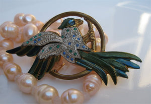 ART DECO PARROT IN RING PIN