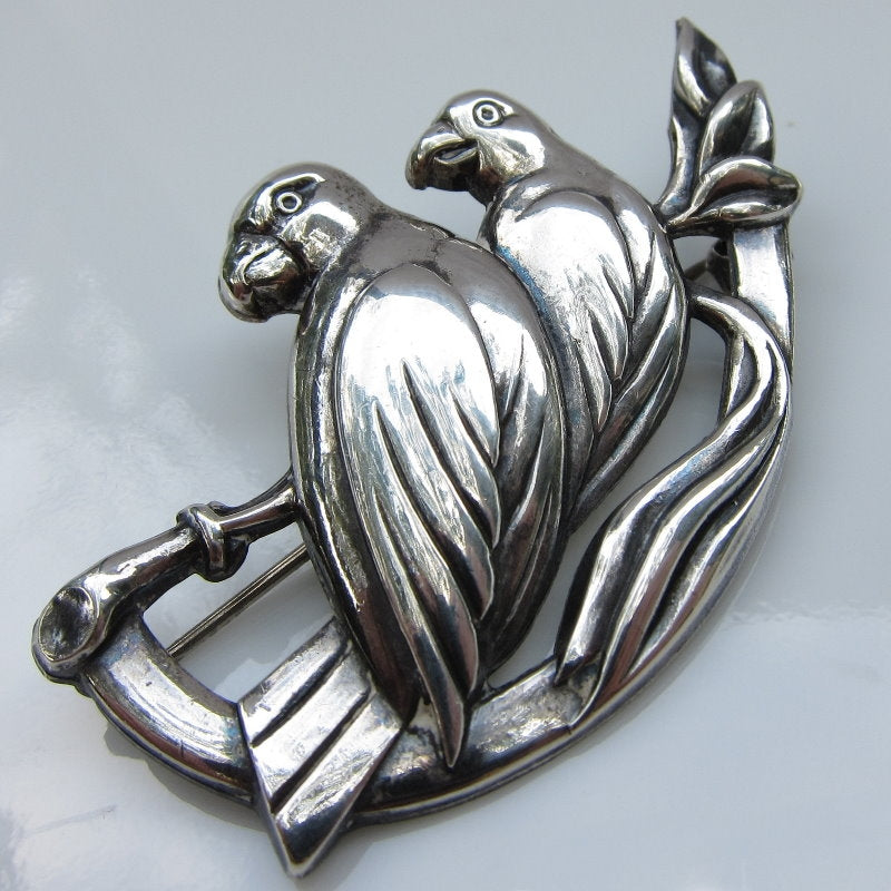 VINTAGE STERLING SILVER PARROT DUO PIN