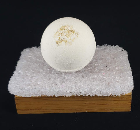 Milk, Oats & Honey Bath Bomb - 2 oz - Stacy's Soap Suds