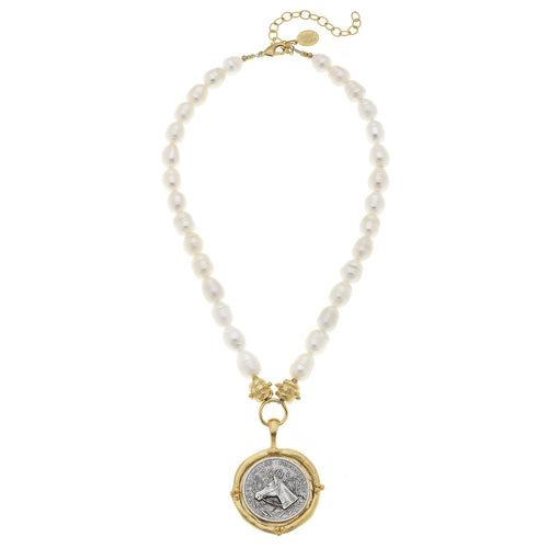 Horse Head Coin Pendant Pearl Necklace