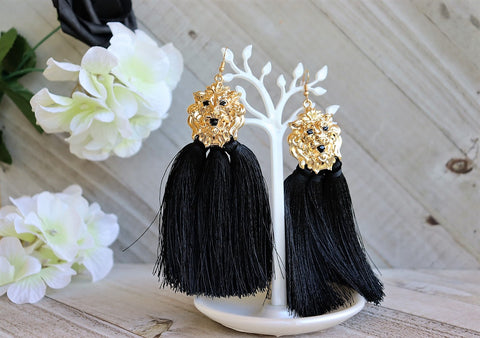 Lion Tassels (Black & Gold)