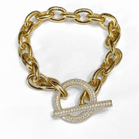 CHAIN BRACELET WITH PAVE TOGGLE LOCK