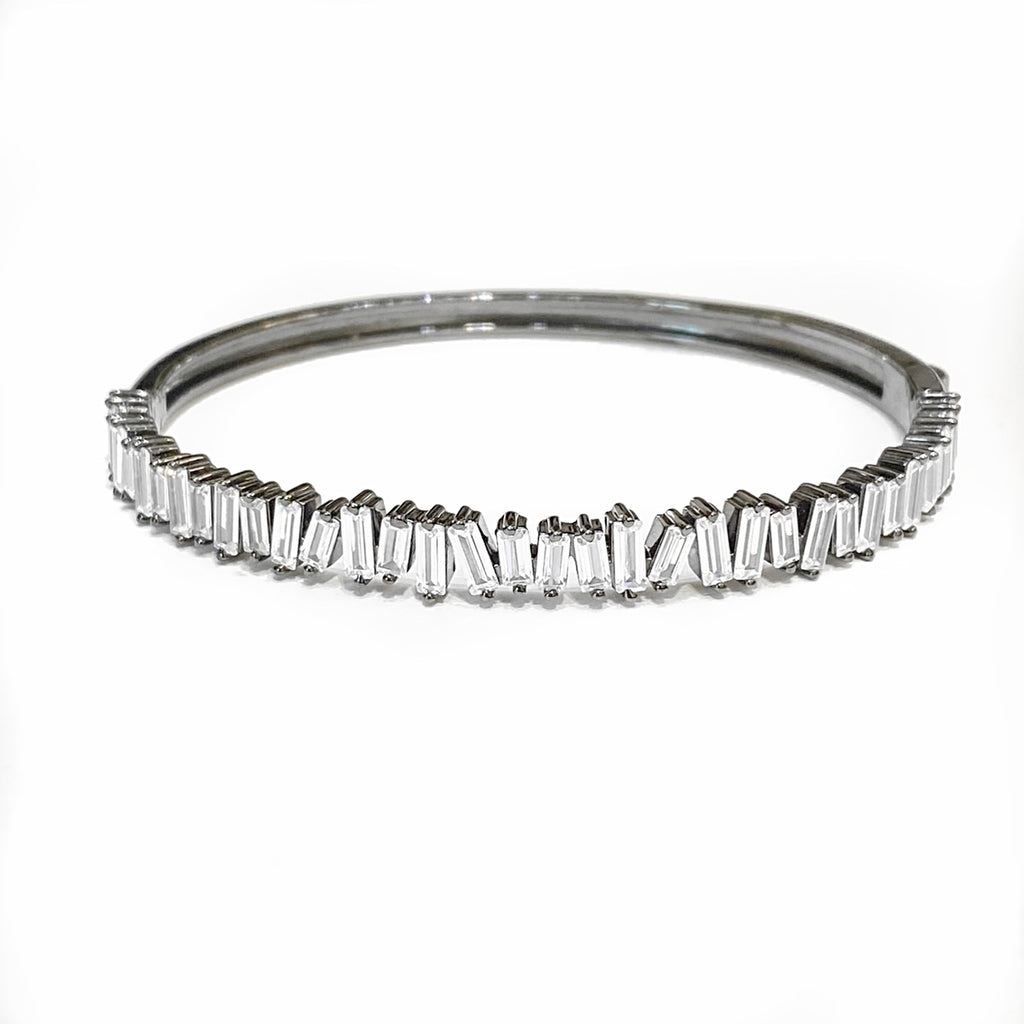 UNEVEN BLACK RHODIUM BAGUETTE BANGLE