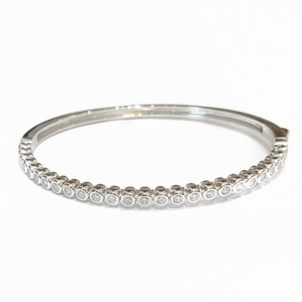ROUND BEZEL CZ OVAL BANGLE