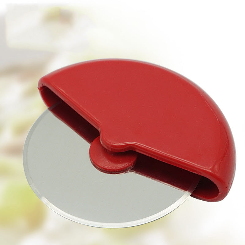 Round Palm Held Pizza Cutter