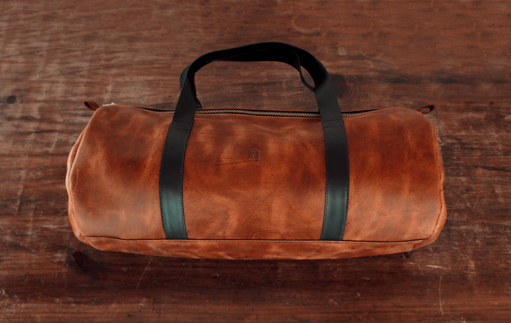 Simple Leather duffle bag, brown with black handles