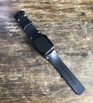 The watch strap - black