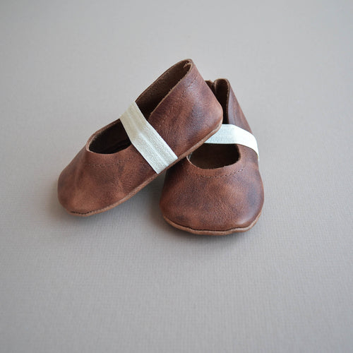 distressed brown leather Mary Janes for baby