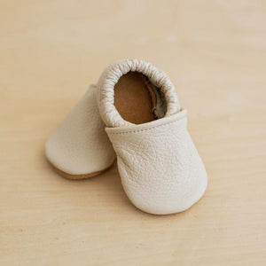 cream leather baby shoes, gender neutral baby shoes in an off-white color