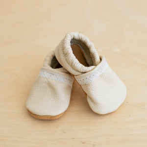 cream baby girl shoes