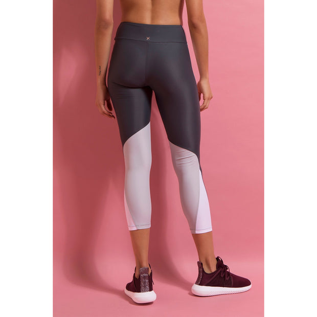 Fly Ball ⅞ Panelled Legging