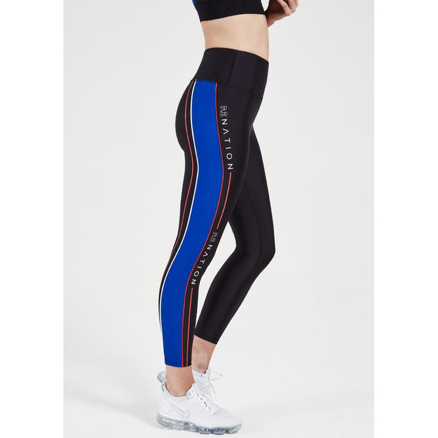 Three Point Legging