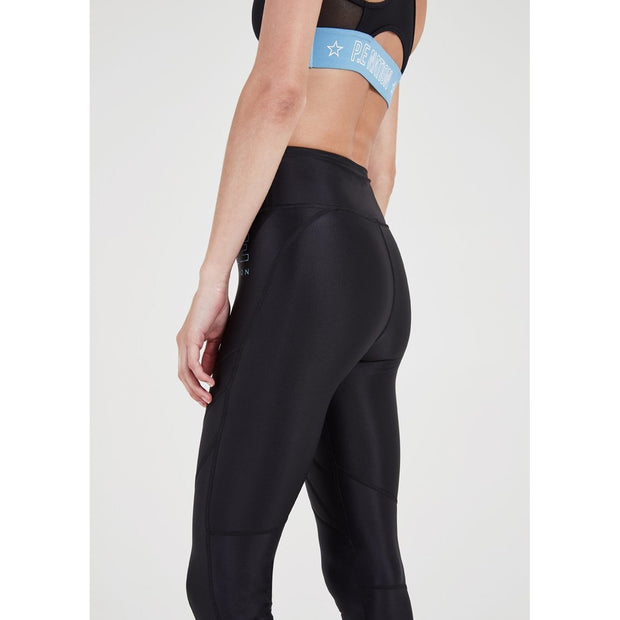 Figure Four Legging