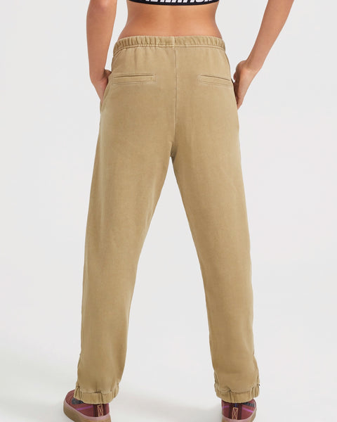 Defense Track Pant in Olive - Prae Store