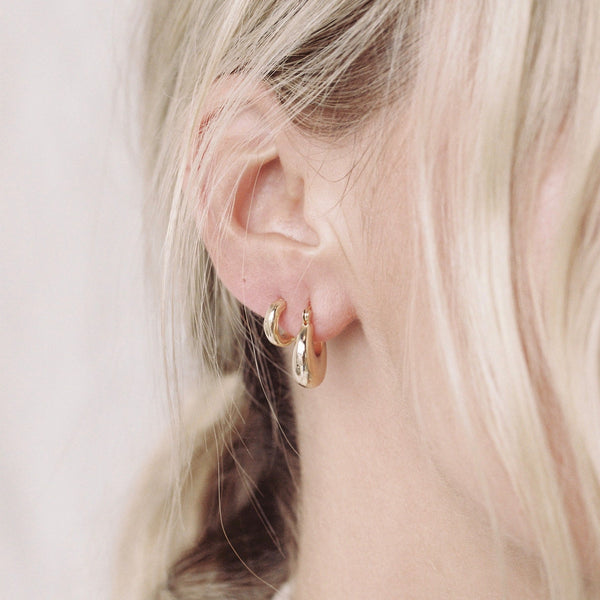 Small Textured Hoops - Prae Store