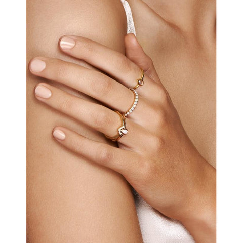 Gold Love Ring - Prae Store