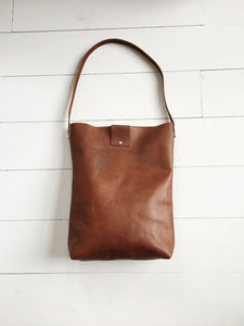 Simple, timeless, minimal tote