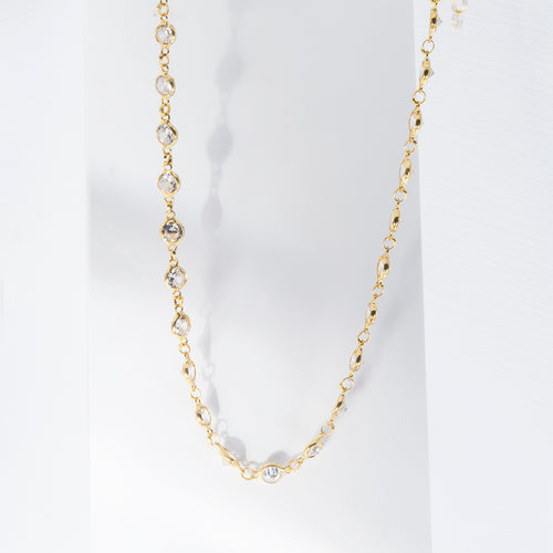 Mulco Bijoux | Mini Zirconia Chain Necklace | Lifestyle