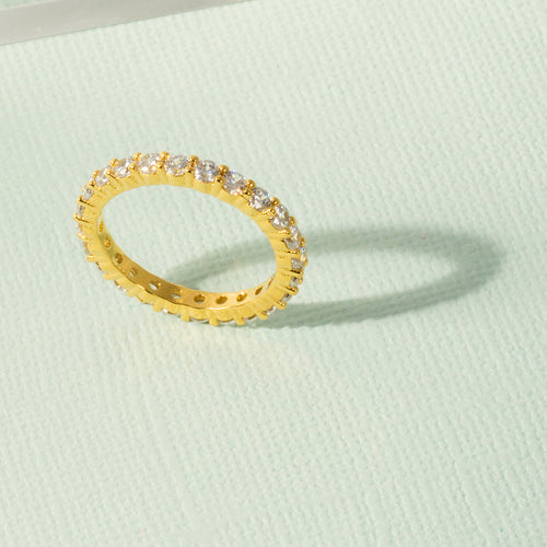 Mulco Bijoux | Eternity Band Stackable Ring | Lifestyle