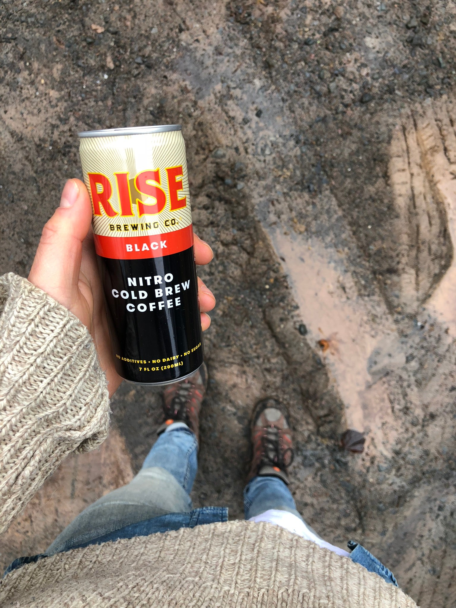 Can of RISE nitro cold brew coffee, Original Black - RISE Brewing Co.