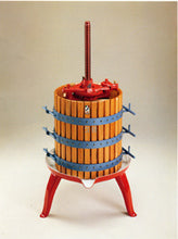 Fruit Press #25 Ratchet Style