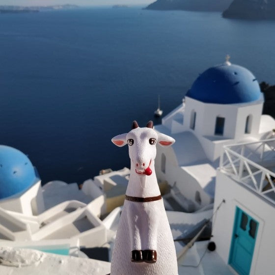 Gabi in santorini