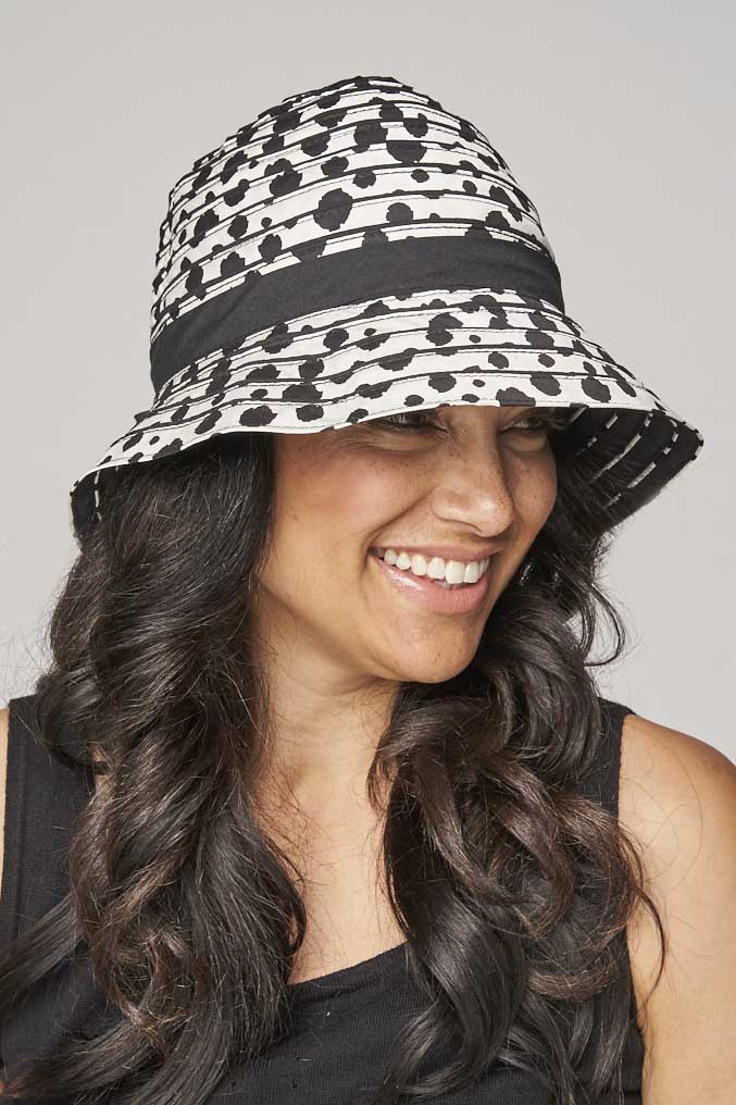 Bali Bucket Hat - black/white